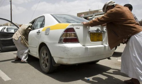 ارتفاع أسعار المشتقات النفطية بصنعاء رغم وعود الحوثيين