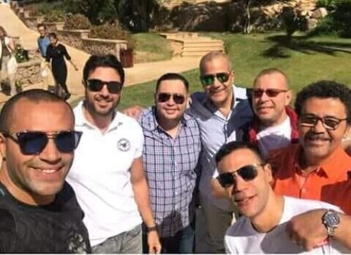بالصور النجم أحمد عز وإياد نصار وأحمد رزق في كواليس فيلم الممر