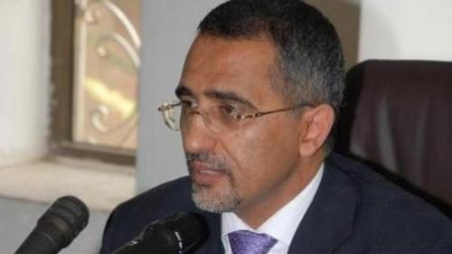 محافظ البنك المركزي يكشف أسباب استقرار سعر الريال اليمني والودائع الجديدة