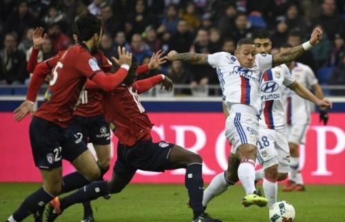 ليون يخطف التعادل أمام ليل في الدوري الفرنسي