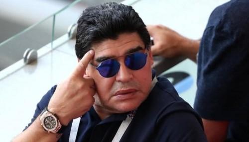 إيقاف ماردونا في نهائي البطولة المؤهلة للدوري المكسيكي الممتاز