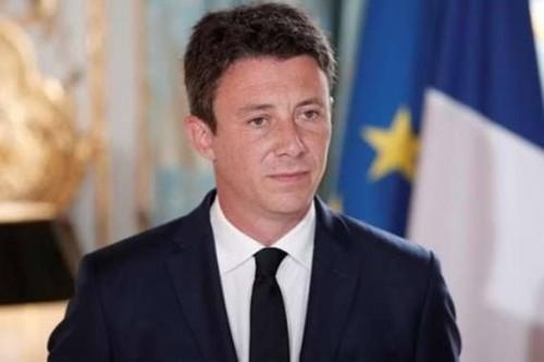 الحكومة الفرنسية: ندرس فرض حالة الطوارئ على البلاد