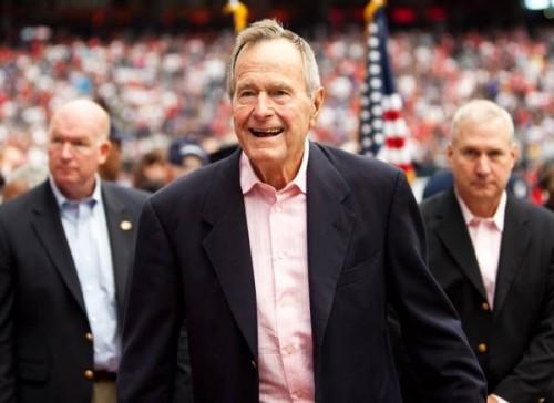 الفراج: بوش الأب كان العقل المدبر أثناء حكم ريجان