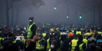 فرنسا: 139 شخصا من متظاهري السترات الصفراء سيمثلون أمام العدالة