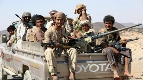 شملت 28 أسيرا.. تفاصيل الصفقة الغامضة بين الشرعية والحوثي