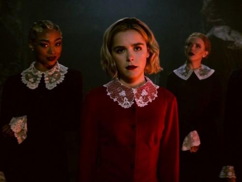 شاهد الإعلان الأول للموسم الثاني لمسلسل الرعب Chilling Adventures of Sabrina
