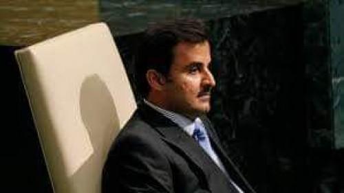 """إعلامي قطري يُغرد عن حضور """"تميم"""" للقمة الخليجية"""