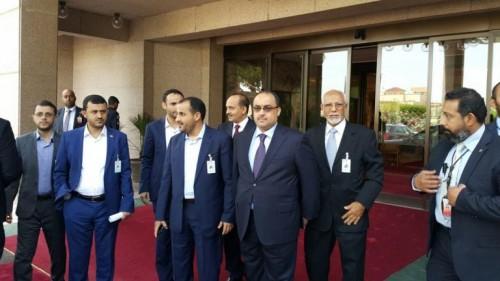 وصول وفد المليشيا الحوثية إلى السويد للمشاركة في مفاوضات السلام