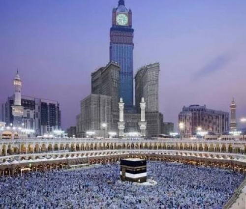 رواد تويتر: برج الساعة في مكة المكرمة يختفي