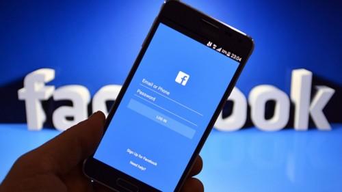 """""""فيسبوك"""" يتصدر """"تويتر"""""""