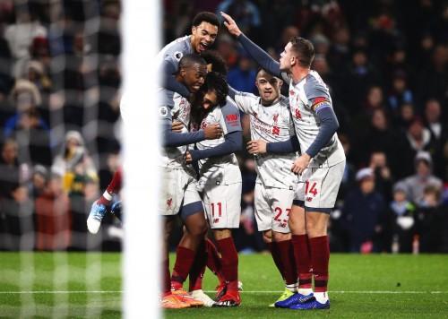 ليفربول يحقق فوز هام على بيرنلي بثلاثية في الدوري