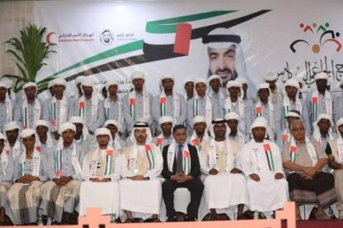 2400 شاب وفتاة استفادوا من أعراس الهلال الإماراتي في المناطق المحررة