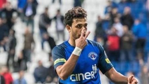 نجم منتخب مصر يتمرد على فريقه من أجل الرحيل في يناير