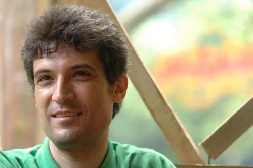 أمريكا تطالب إيران بالإفراج عن معتقل سياسي لتدهور صحته
