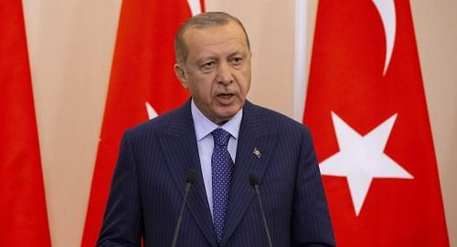 """أردوغان يناقض نفسه: تجاوزت 13 مليون متابع.. و""""توتير"""" بلاء للمجتمع"""