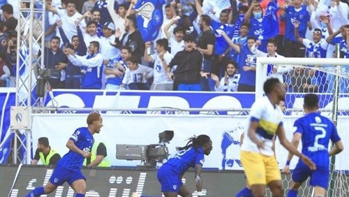النصر يتعادل في اللحظات الأخيرة أمام الهلال في ديربي السعودية