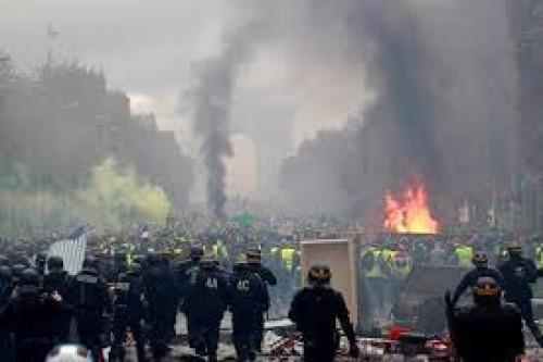 سياسي: الغرب يدعي الحرية.. والدليل فرنسا