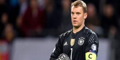 مدرب ألمانيا: نوير سيظل يحرس مرمى ألمانيا حتى عام 2020