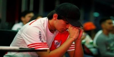 تعرض مشجع أرجنتيني لأزمة قلبية خوفاً من مباراة السوبر كلاسيكو