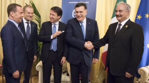 مصادر: الثلاثاء لقاء حفتر والسراج في روما