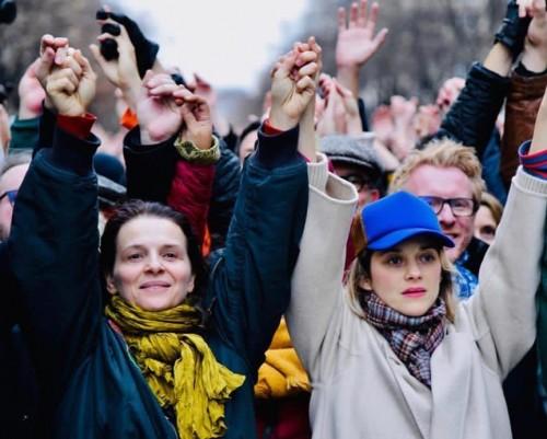هؤلاء الفنانين شاركوا في مظاهرات السترات الصفراء في فرنسا