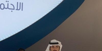 الكتبي تتسلم جائزة رواد التواصل الاجتماعي لمركز الإمارات