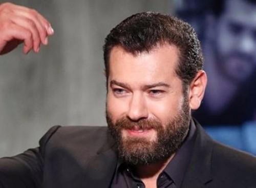 المركز الكاثوليكي يمنح جائزة أفضل ممثل درامي للنجم عمرو يوسف