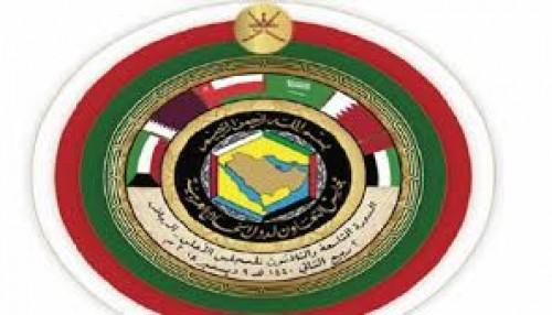 الجارالله يُثني على قمة الرياض: قطر تُغرد خارج السرب