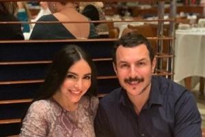 في دبي.. السوري باسل خياط يحتفل بعيد ميلاد زوجته