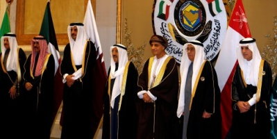المطيري: قطر شاركت في القمة الخليجية بأمر تركيا