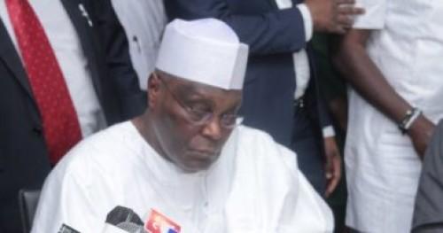 مرشح المعارضة فى نيجيريا يوقع اتفاق لضمان إجراء الإنتخابات