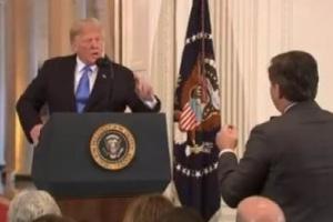 """واشنطن بوست: اتساع الهوة بين """"ترامب"""" و""""الاستخبارات الأمريكي"""" مقلقة"""