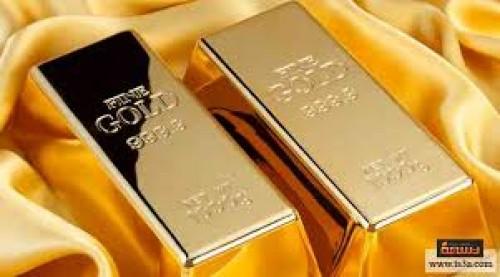 الذهب يواصل ارتفاعه وسط تراجع الدولار