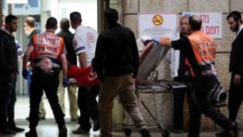 استشهاد فلسطيني وإصابة شرطيين إسرائيليين في عملية طعن بالقدس