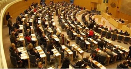 البرلمان السويدى يصوت ضد منح فترة ثانية لرئيس الوزراء
