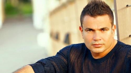 """عمرو دياب يشعل حفل """"الفورمولا إي"""" بميدلي لأغانيه القديمة """"فيديو"""""""
