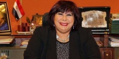 وزيرة الثقافة المصرية تعيد فتح مسارح العرائس والعائم والطليعة