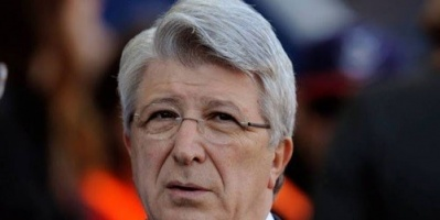 رئيس أتليتكو مدريد متهم بالعنصرية ضد السيدات