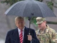 بعد تعرضه لانتقادات.. ترامب يزور مقبرة عسكرية بواشنطن
