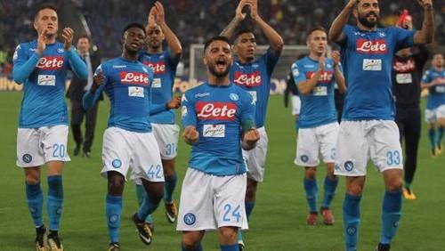 نابولي يخطف فوز قاتل على كالياري بهدف نظيف في الدوري الإيطالي