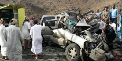 حادث مروري مروع يحصد ثلاثة أشخاص في إب