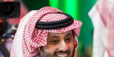 آل الشيخ يفاجئ بن زايد بصورة على تويتر