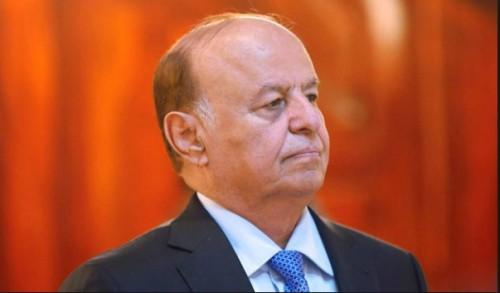 """سياسي يكشف موعد استقالة """"هادي"""" من منصبه"""