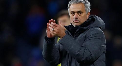 مانشستر يونايتد يتخذ قرار بشأن مورينيو