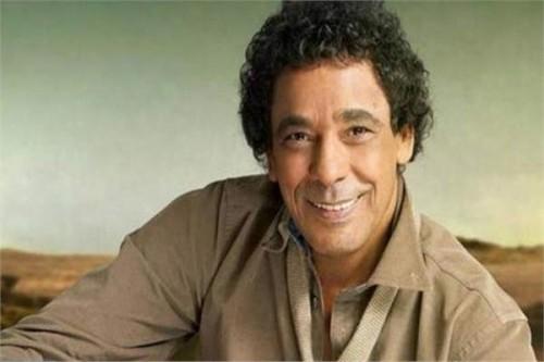 """النجم محمد منير يطرح أغنية """"و باقي في عمري"""""""
