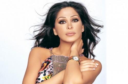 في اليوم العالمي للغة العربية.. إليسا تلقي شعرا لأحمد شوقي