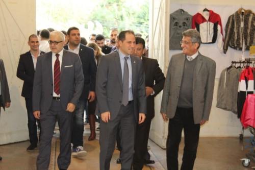 افتتاح معرض الميلاد في كلية الفنون جامعة لبنان