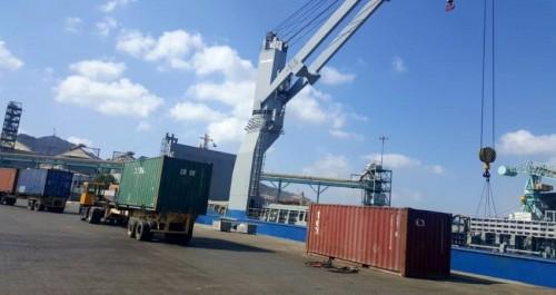 ميناء عدن يستقبل 163حاوية تابعة للغذاء العالمي