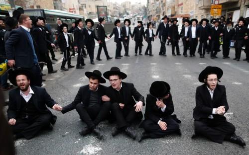2.6 مليون دولاراً ميزانية إسرائيلية لحماية يهود العالم