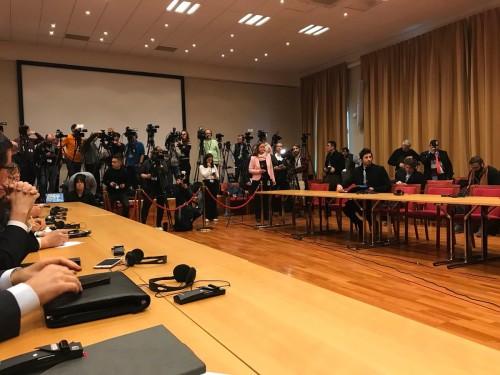 محلل سياسي: الرئيس هادي يواجه عقوبات دولية بعد اتفاقات السويد والمشروع البريطاني